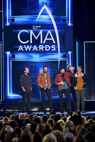 Whit Sellers, Brad Tursi, Matthew Ramsey, Trevor Rosen and Geoff Sprung of Old Dominion accept award onstage during the 52nd annual CMA Awards at the Bridgestone Arena on November 14, 2018 in Nashville, Tennessee.  (Photo by Michael Loccisano/Getty Images)