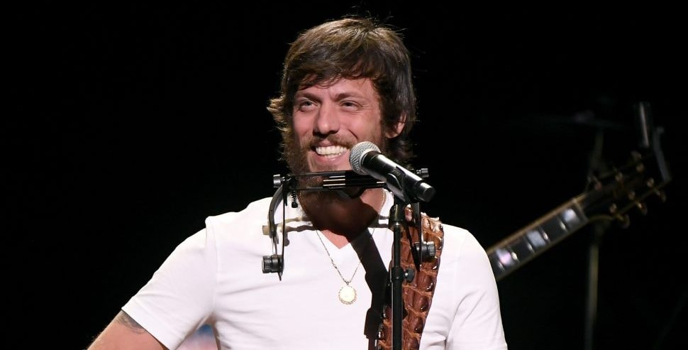 Chris Janson's Sends Out 'Good Vibes'
