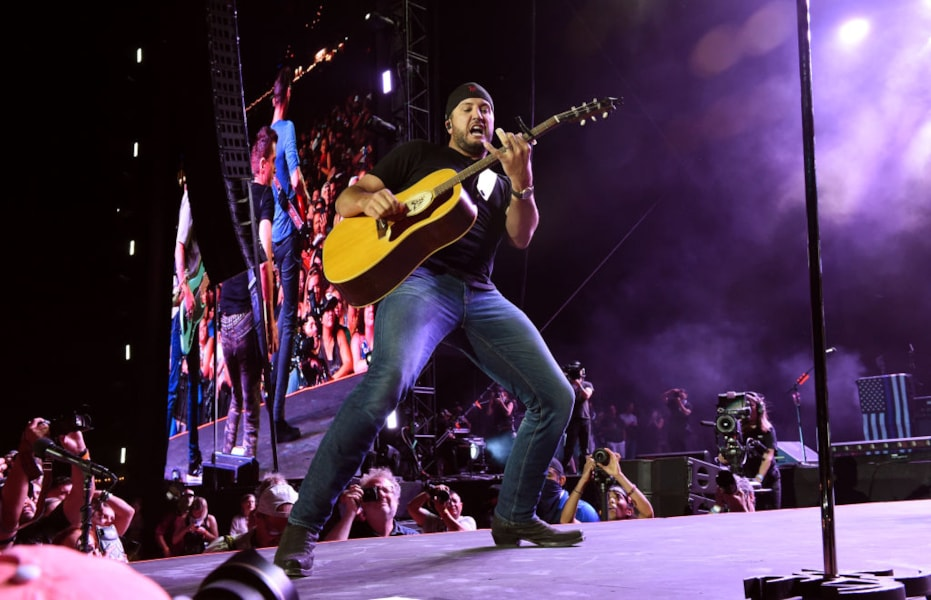 INDIO, CALIFORNIA - APRIL 26: Luke Bryan performs onstage during the 2019 Stagecoach Festival at Empire Polo Field on April 26, 2019 in Indio, California. (Photo by Kevin Winter/Getty Images for Stagecoach)