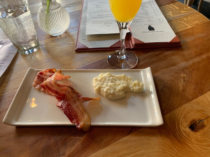 Bacon and Cheesy Grits