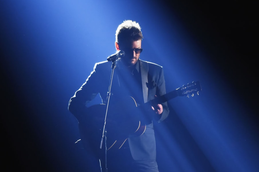 NASHVILLE, TN - NOVEMBER 08: Eric Church performs onstage at the 51st annual CMA Awards at the Bridgestone Arena on November 8, 2017 in Nashville, Tennessee.  (Photo by Rick Diamond/Getty Images)