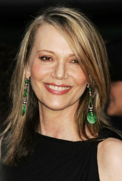 """NEW YORK - JULY 21: Actress Peggy Lipton arrives at the world premiere of """"Little Black Book"""" at the Ziegfeld Theatre July 21, 2004 in New York City. (Photo by Scott Gries/Getty Images)"""